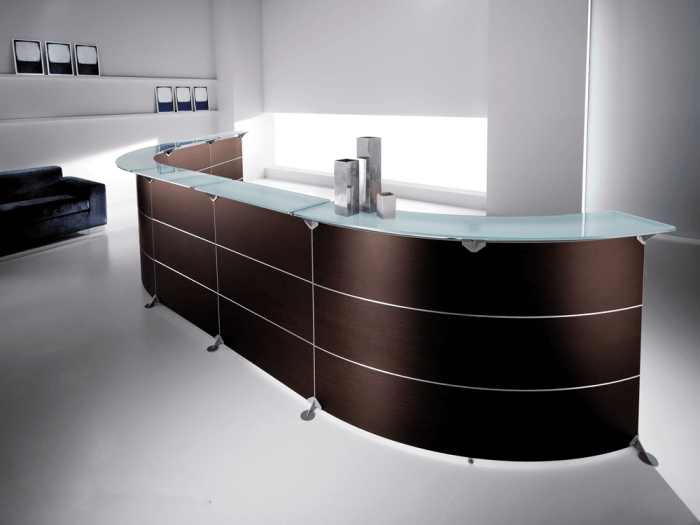 Benito 13 – 45-Degree Reception Desk in Dark Oak