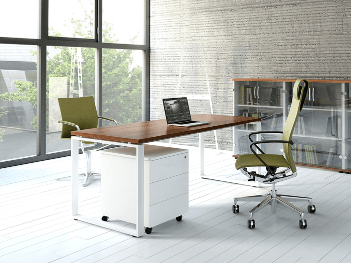 Bella – Office Desk with Ring Leg