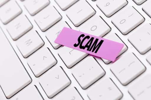 オンラインカジノに似た詐欺サイトは今でも存在する