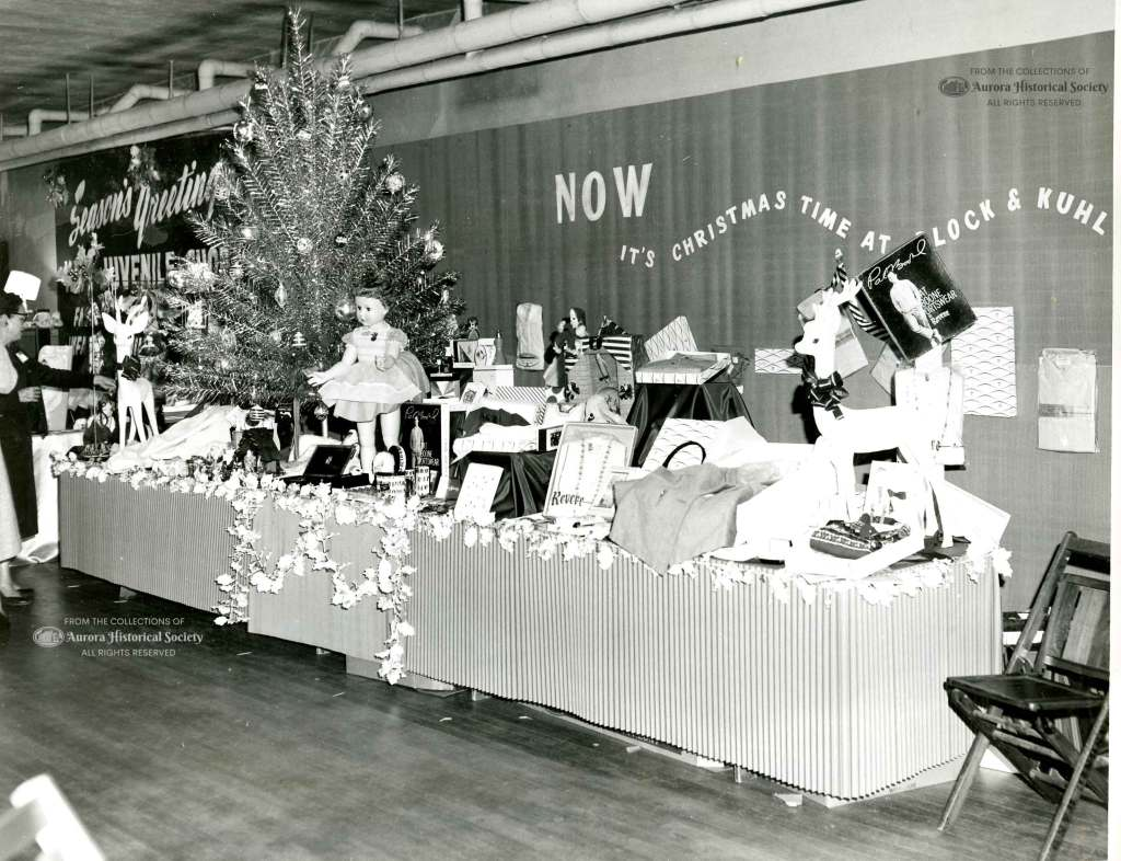 Block Kuhl display at Chamber of Commerce promotion Whats New for the Holidays. November 1959. (Aurora Historical Society Photo)