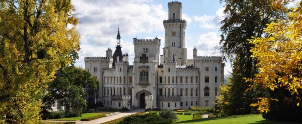 Escorted europe castle tours seems