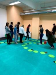 Berufliche-Schule-Paula-Fuerst-der-FAWZ-gGmbH_Kreativbereich_Bewegungsspiel-1