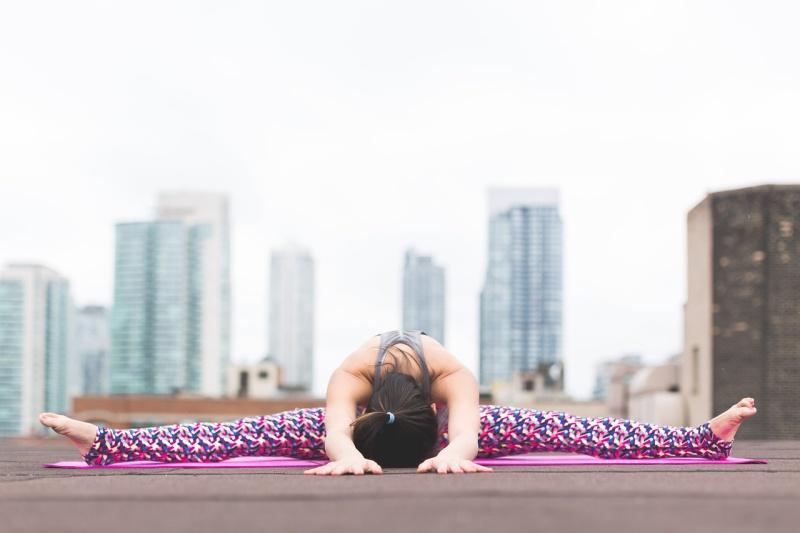 Unterschied statisches und dynamisches Dehnen, Yoga