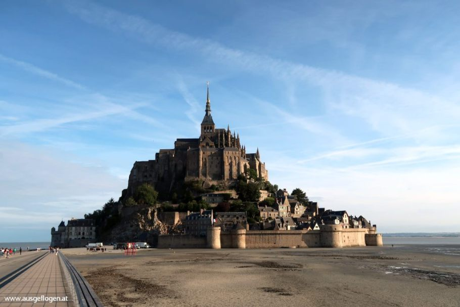 Mont Saint Michel Stelzenbrücke