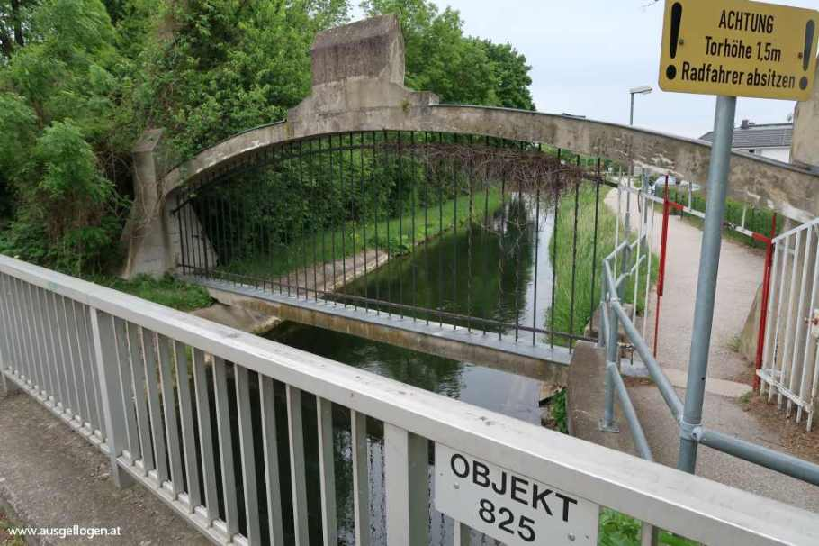 Wiener Neustadt Akademiepark Kanal
