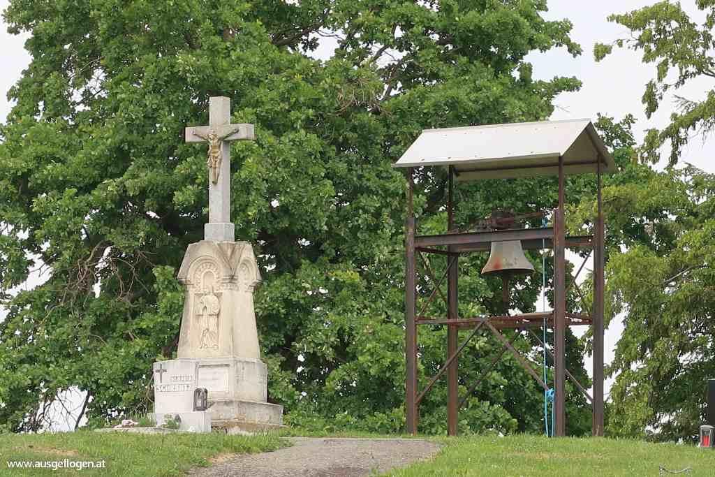 Lusing Friedhof Weinidylle Suedburgenland