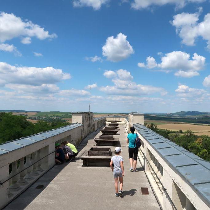 Reisten Kollonade Schrattenberg Valtice Ausflugsziele Niederösterreich