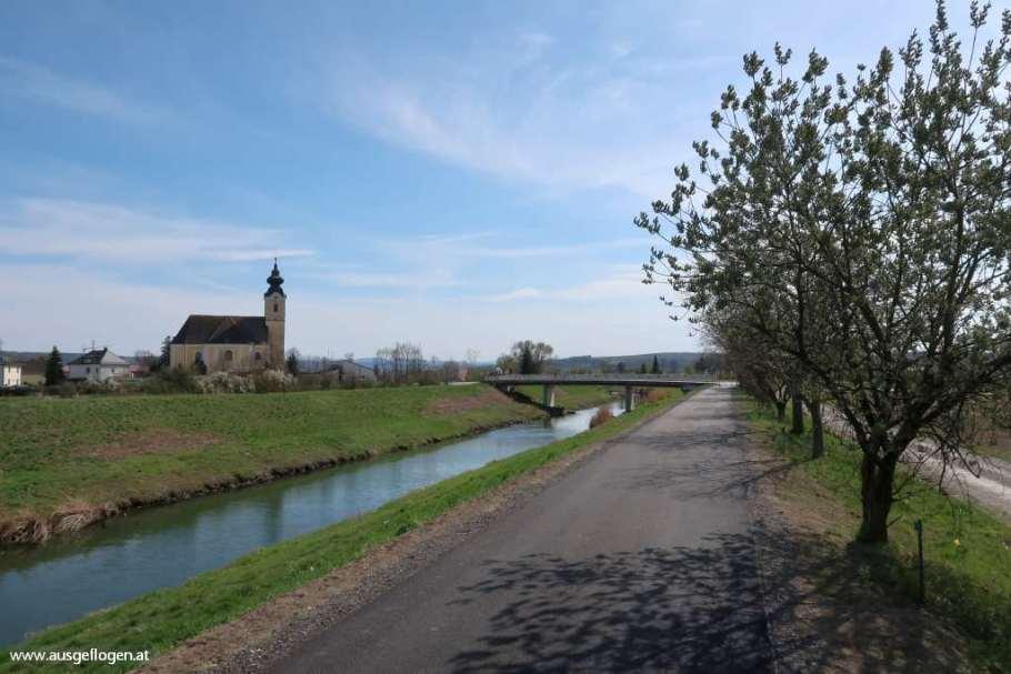 Am TULLNERFELD RADWEG: eine Rundtour zwischen Traismauer und Tulln