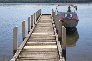 Steg mit Boot