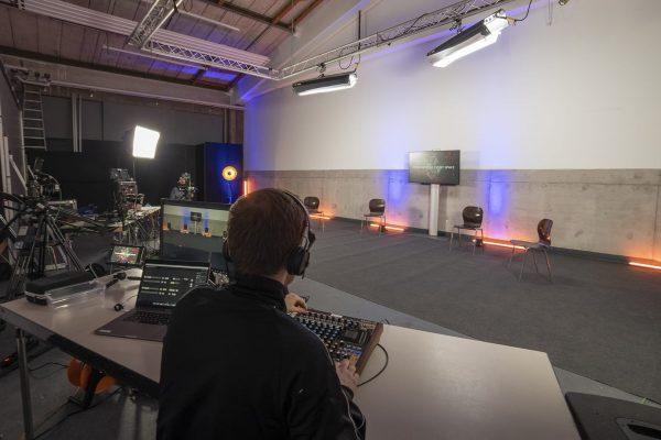 Podiumsdiskussion Livestream Studio Hamburg