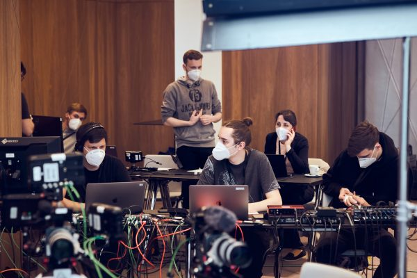 AUSSENBORDER Livestream Agentur