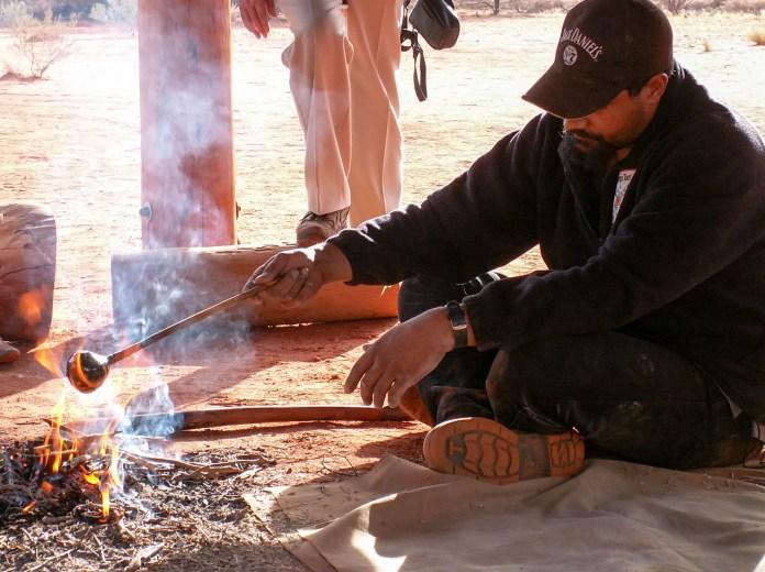 Aboriginal Man making glue - Liru Walk Tour