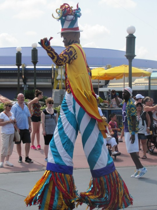 Disney parade clown