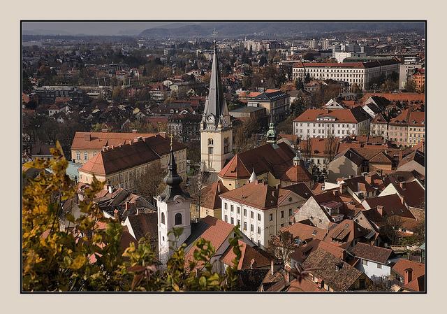 Ljubljana in all its splendour. Photo by Andrej Trnkoczy.