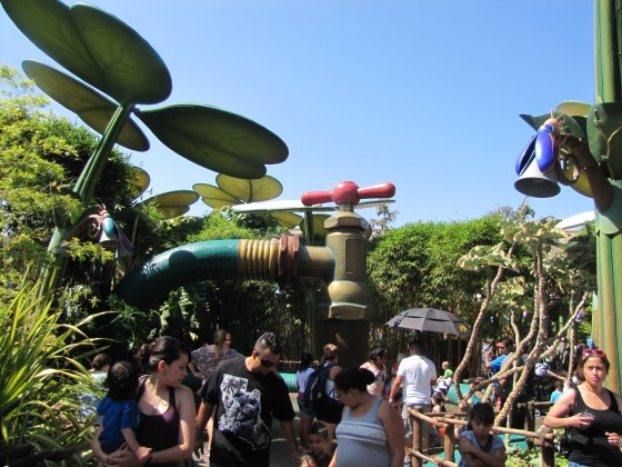 I loved the theme of A Bug's Land. The 4-D film is a lot of fun too.