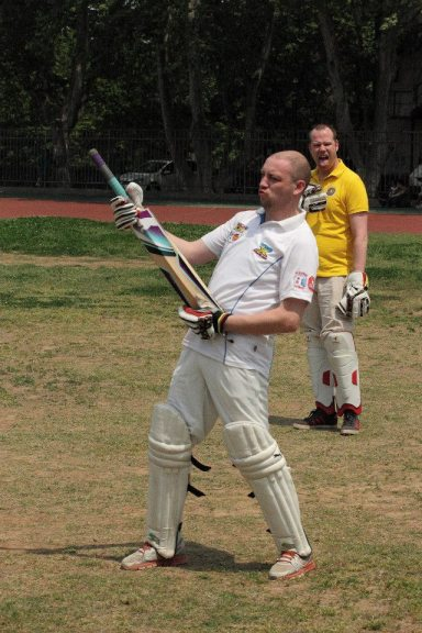 Kevvy Pies does the most I ever saw him do with a bat.
