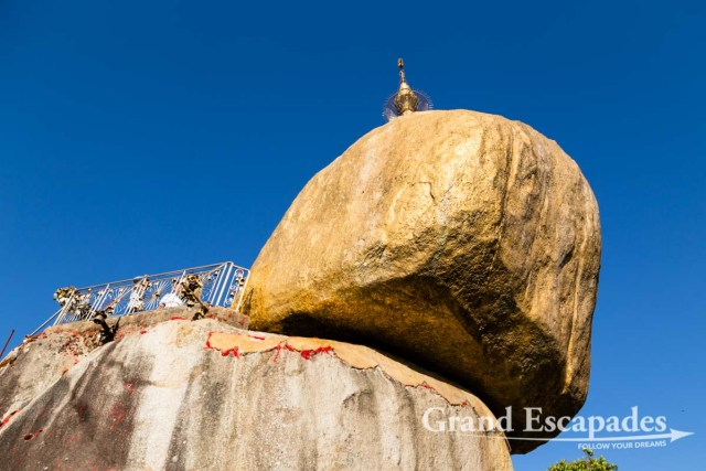 Golden Rock, Mount kyaiktiyo, Myanmar