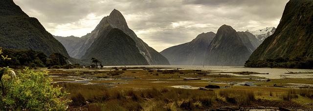 mitre peak milford sound fiordlands