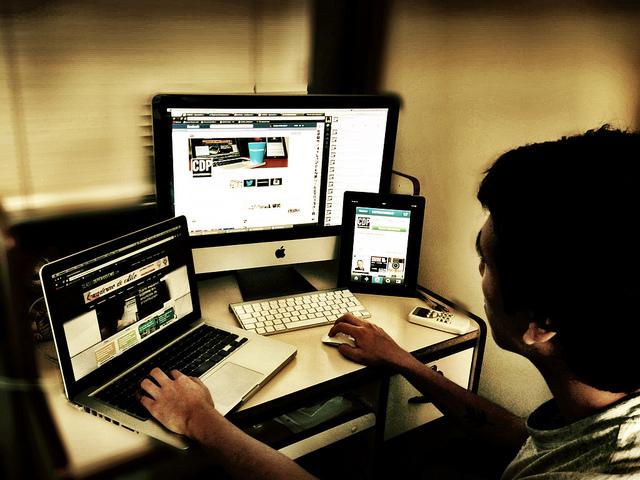 journalist make money online