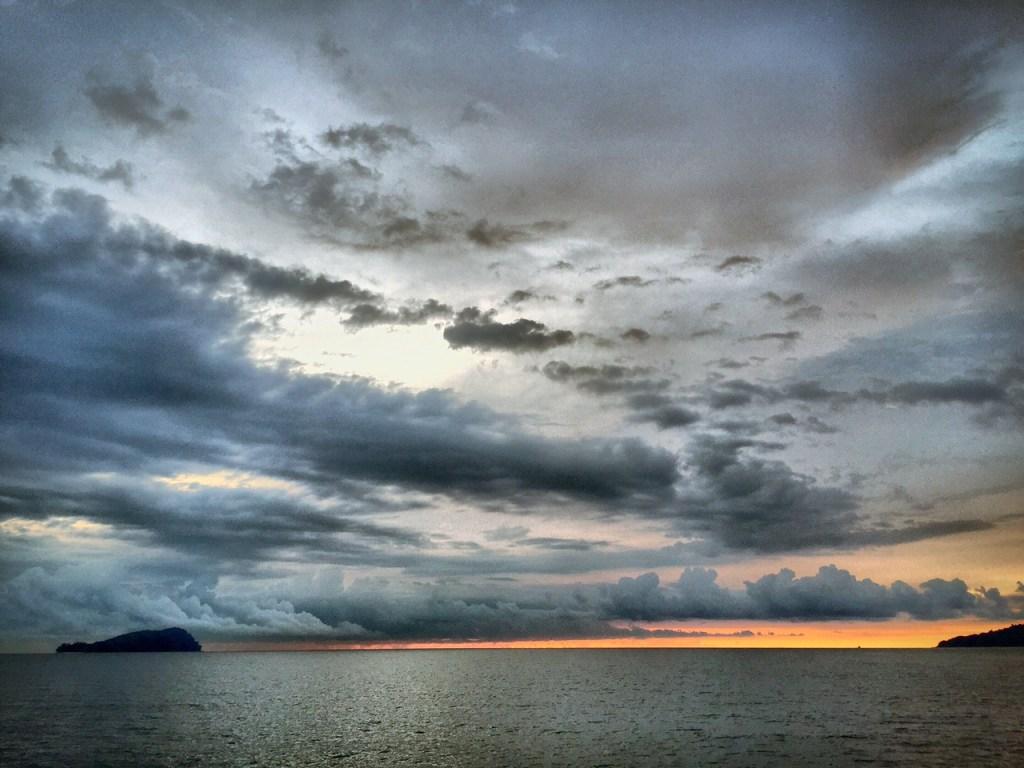 kota kinabalu sunset cruise 2
