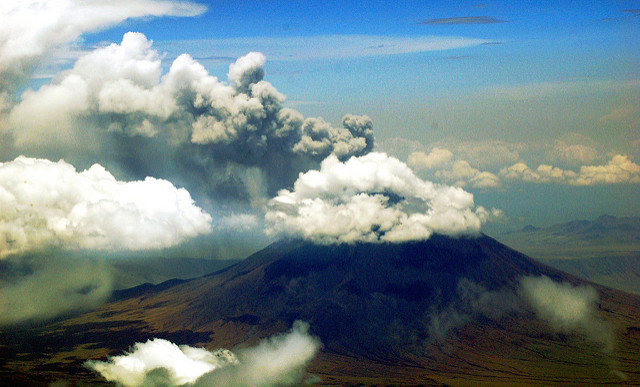 ol doinyo lengai tanzania volcano hike