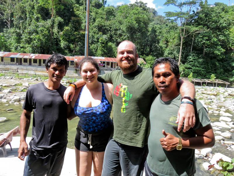 bukit lawang best orangutan trekking