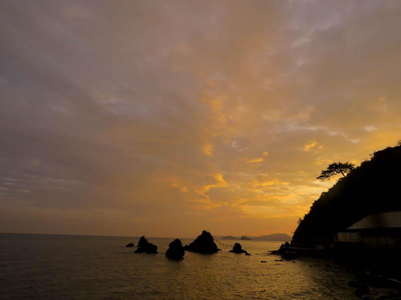 futami beach sunrise ise futamiura
