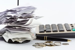 Do you need to complete an Australian tax return while living overseas?