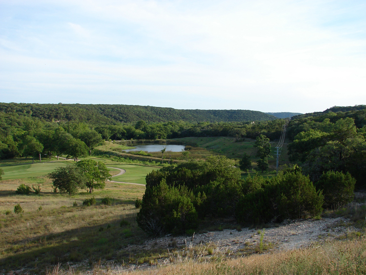 roy kizer golf course hill country wetland club green fairway
