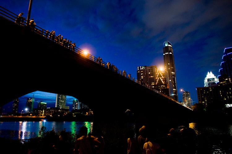tourists tourism watch gathering