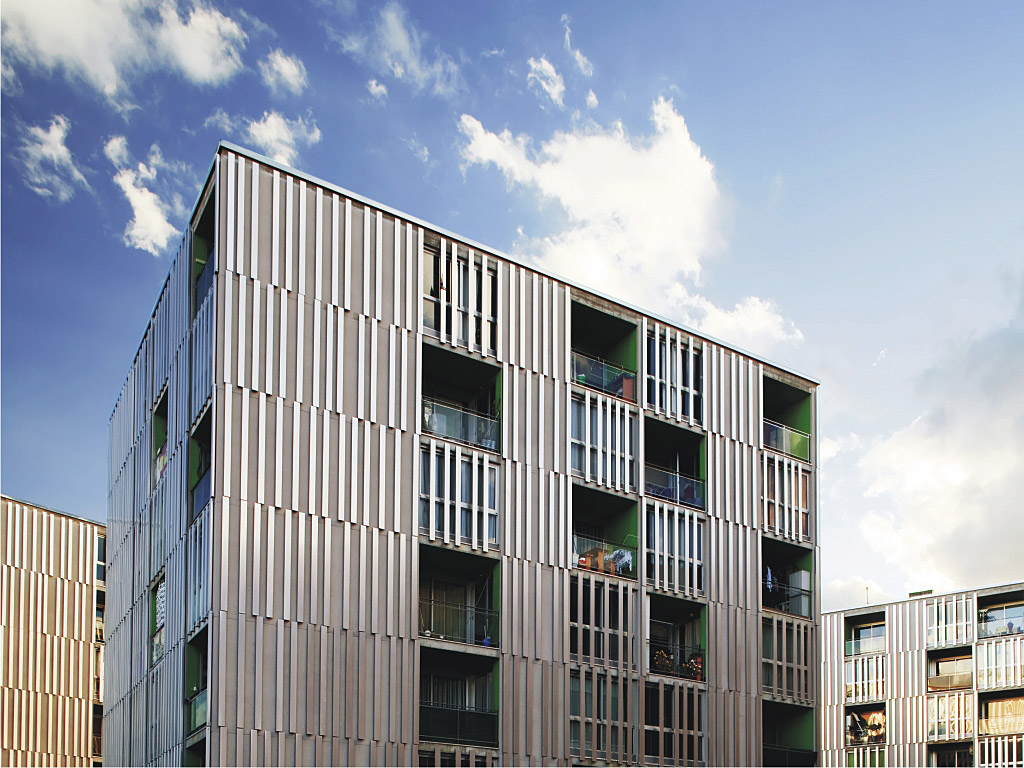 Building with Decorative louvres