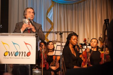 Maestro Riccardo Muti accepts the W.I.S.H. Award for Distinguished Service to Music Education. | SHANEL ROMAIN/Contributor