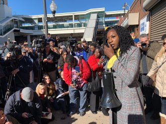 Austin activist Amara Enyia speaks to people on the South Side. | Lee Edwards/Block Club Chicago
