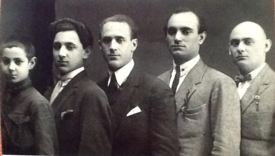 Справа налево: Азарий Азарин, Маттаний, Асаф, Эммануил и Аминадав