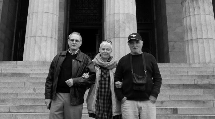 Илья Буркун с литераторами Игорем Иртеньевым и Аллой Боссарт