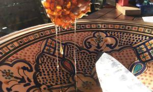Pressing honey pots from series super