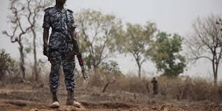 BREAKING : Des hommes armés kidnappent un officier supérieur de la marine à Ondo