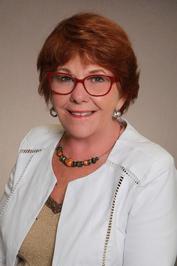 Callie Hutton author photo