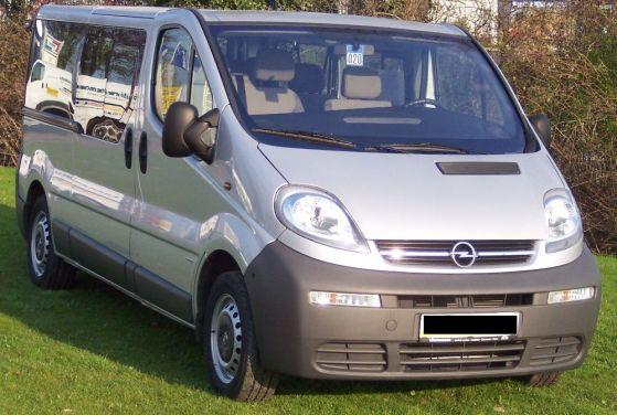 Opel Vivaro pierwszej generacji, przed liftingiem