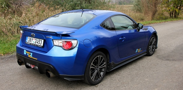 test-subaru-brz-sti-at-p2