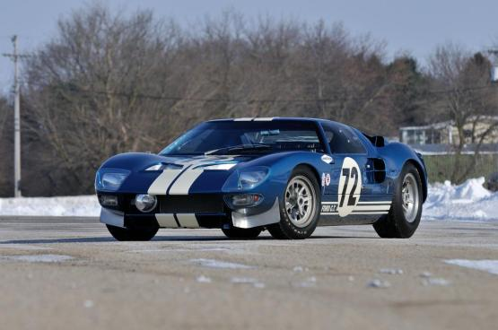 1964-Ford-GT40-Coupe