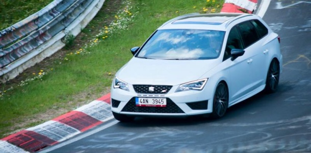test-seat-leon-cupra-skoda-octavia-rs-peugeot-308-gt-nurburgring-p7