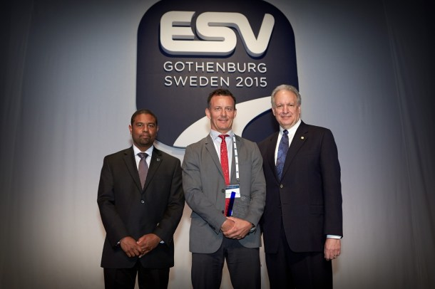Dr Trent Victor, Senior Technical Leader Crash Avoidance at Volvo Cars and Adjunct Professor at the University of Iowa, was singled out for appreciation for his contribution in the field of car safety. The award, presented by the National Highway Traffic Safety Administration at the 24th International Technical Conference on the Enhanced Safety of Vehicles (ESV) in Gothenburg on June 8th 2015, was in recognition and appreciation for extraordinary contributions in the field of motor vehicle safety.