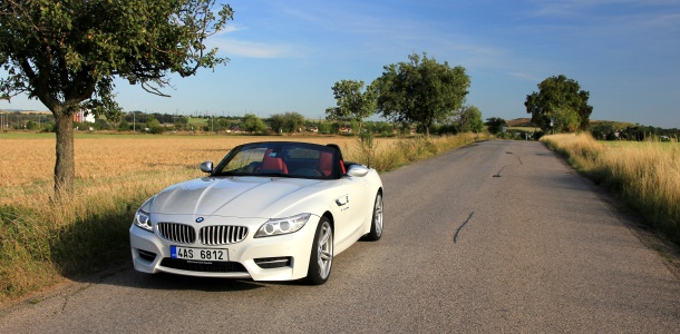 test-bmw-z4-roadster-sdrive-35is-at-p1