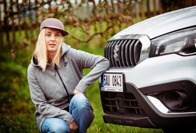 barbora-polakova-suzuki-s-cross-14-boosterjet-allgrip-2