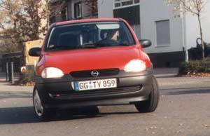 corsa-2.jpg (29122 Byte)