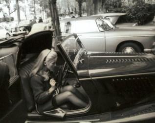 1967-belle-de-jour-black-and-white-car-catherine-deneuve-Favim.com-307578