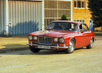jaguar_xj6_s1_course
