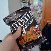 62 cookies M&ms