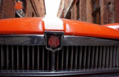 Calandre MG B GT